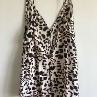 Chosen the label Leopard singlet top cami