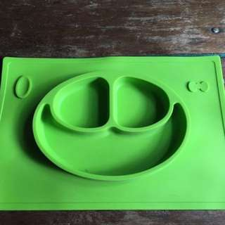 Fun Feeding Mat by Project Mommyger