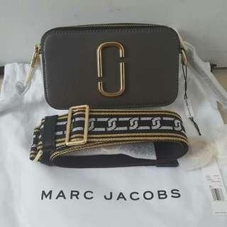 Marc Jacobs Snapshot Graphite