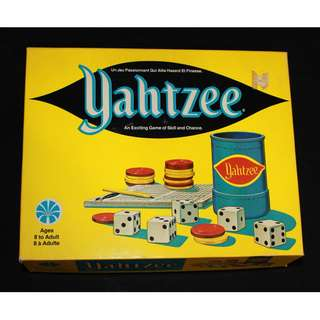 YAHTZEE VINTAGE BOARD GAME 1973 IN ORIGINAL Box Score Cards Tumbler Dice Rules