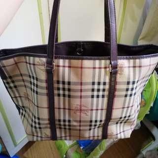Preloved Burberry Tote bag!!
