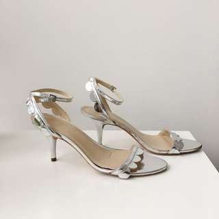Loeffler Randall silver scalloped kitten heel | size 8.5