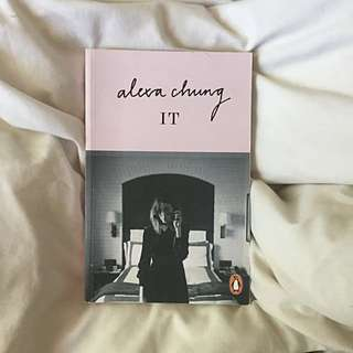 "Alexa Chung ""It"""