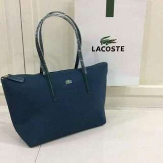 Tote bag replica