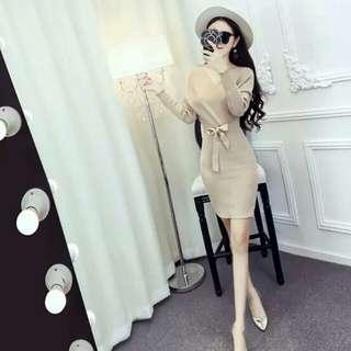 性感V領修身顯瘦連衣裙S~XL(4色)