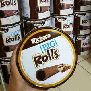 Big Rolls In Can
