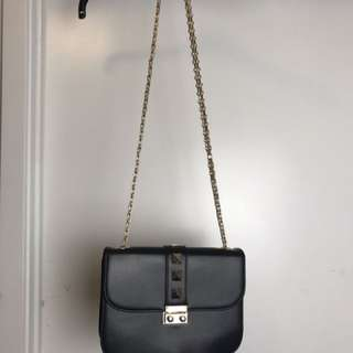 Forever 21 Black Valentino Like Shoulder Bag