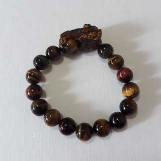 🎆Special Offer.🎆 3 tone Tiger eye+Pi Xiu bracelet(三彩虎眼+貔貅手链). Bead size 10mm.