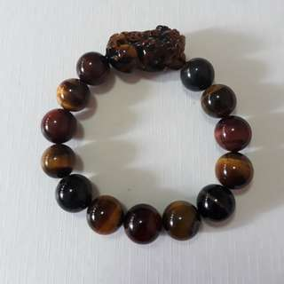 🎆Special Offer.🎆 3 tone Tiger eye+Pi Xiu bracelet(三彩虎眼+貔貅手链). Bead size 12mm.