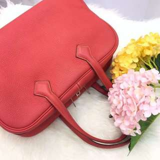 🍊Excellent Deal!🍊 Save 50%! Very Good Condition Hermes Victoria 35 in Rouge Pivoine Clemence Leather PHW
