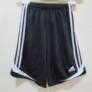 7YO Adidas boys shorts