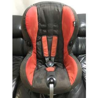 Red & Black MaxiCosi Priori XP Car Seat for 9-18KG