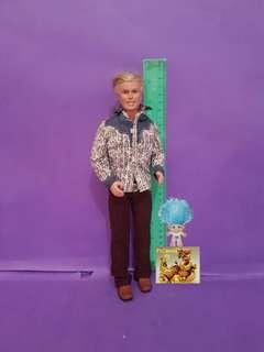 Ken (brown pants & printed longsleeves)