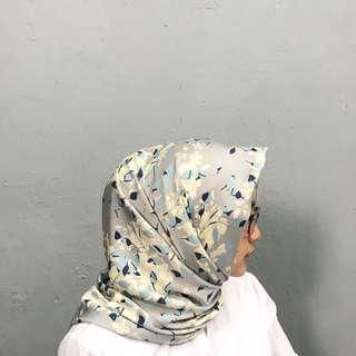 Hijab Murah segiempat