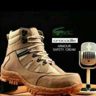 sepatu outdoor safety