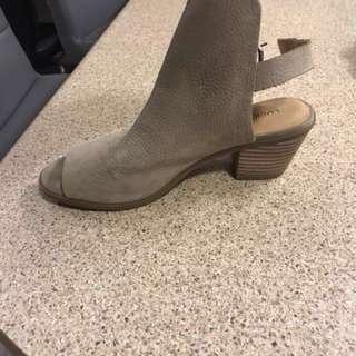 Lucky Brand Shoes (price reduced)