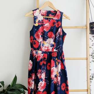Tokito navy floral dress