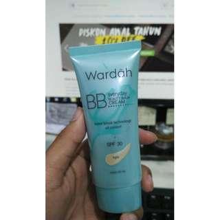 Wardah BB Cream Water Break technology oil control SPF 30 (warna light)