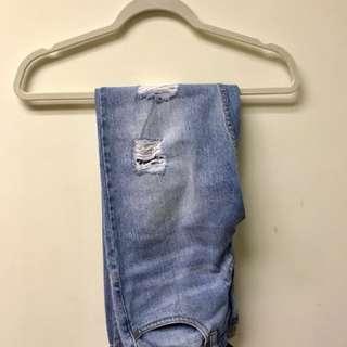 F21 ripped boyfriend jeans