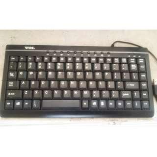 FS: Used compact keyboard