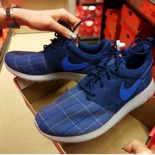 全新 brand new 女裝Nike藍色波鞋 37.5 23.5cm Y5