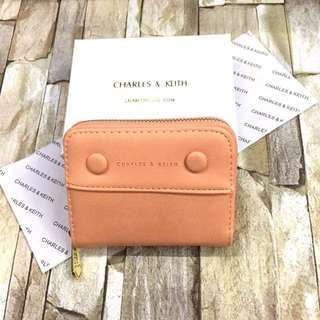 Highend! Charles and Keith Button Wallet