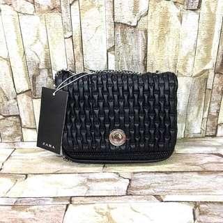 Highend! Zara Chain Black Bag