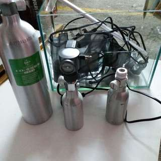 一呎魚缸連二氧化碳裝置