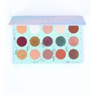 PO Colourpop eyeshadow palette All I see is magic