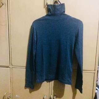 Giordano turtle neck sweater