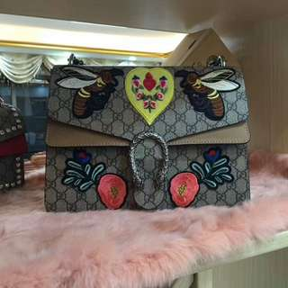 GUCCI MEDIUM DIONYSUS GG SUPREME EMBROIDERED BEE & FLOWERS CHAIN SHOULDER BAG