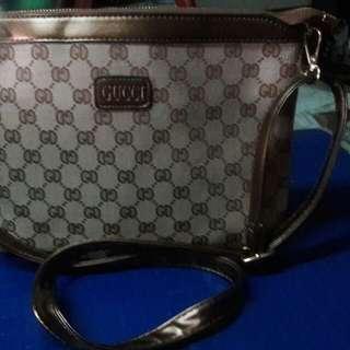 Gucci inspire sling bag