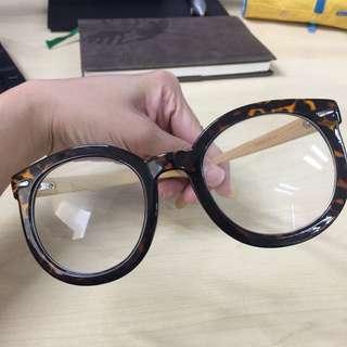Thick-Frame Eyeglasses