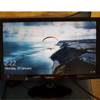 Samsung SyncMaster S24B350T for cheap sale