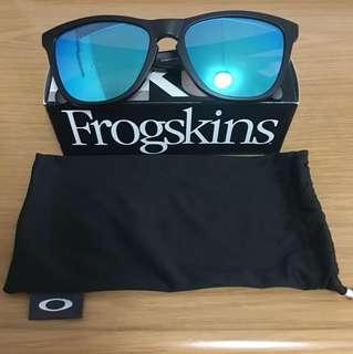 Oakley Frogskin Sunglass