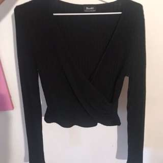 Bardot black crop