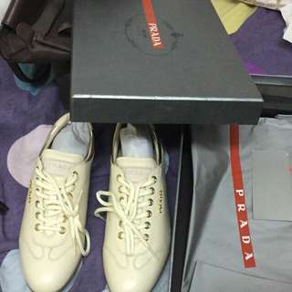 Prada shoes original