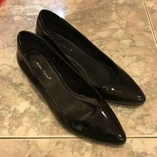 Glossy Black Heels