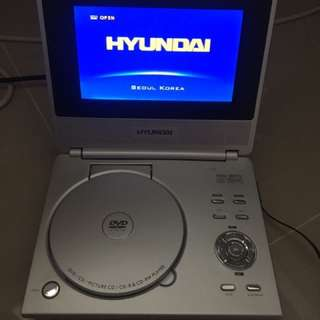 Portable DVD Player (Hyundai)