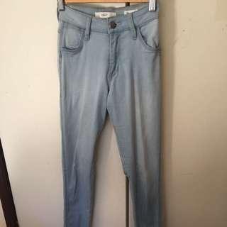 "WRANGLER Hi-Waisted ""Ziggy"" Jeans Size 6"