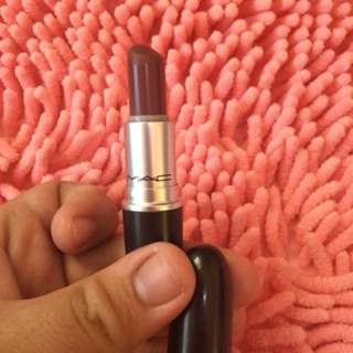 Mac lipstick (authentic)