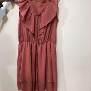 🚚 荷葉洋裝(新