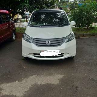 Honda freed sd 2009 istimewah