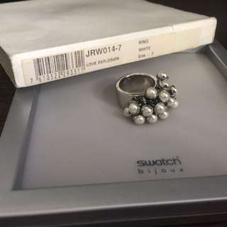 Swatch ring with box
