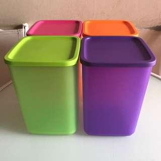 Toples Tupperware 4 colors