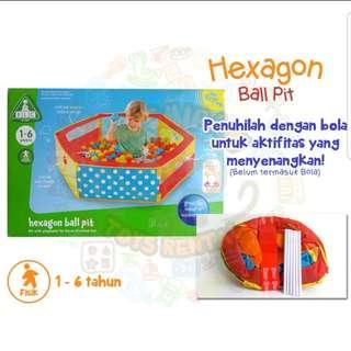 Hexagon ball pit