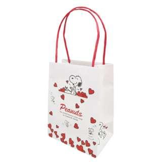 Japan Peanuts Snoopy Handle Paper Bag (heart / vertical)