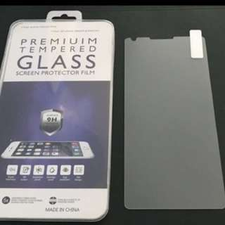 LG V30 鋼化玻璃保護貼