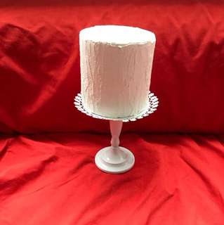 Fake cake for props (price exclude cake stand)