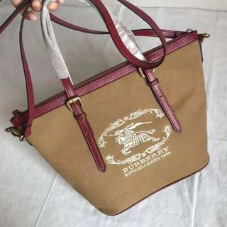 Burberry  Canvas Signature Brown Shopping Bag